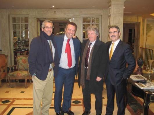 Antonio Rovira con Ramón, Antonio y Carlos